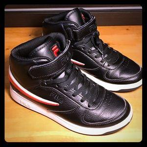 💯Fila - F-13 Black/Red Mid-Top Basketball